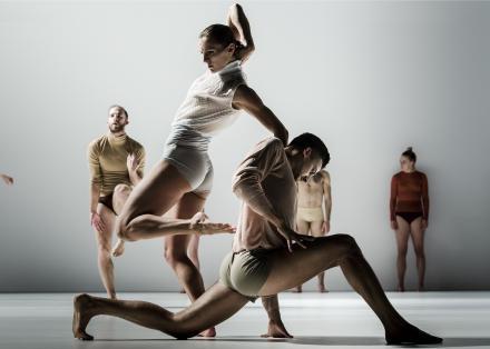 Henry - Scapino Ballet Rotterdam & Itamar Serussi (foto Joris-Jan Bos)