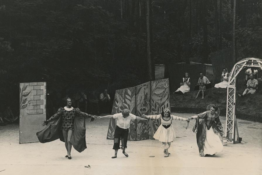 De Gouden Zwaan | choreografie Hans Snoek (fotograaf onbekend)