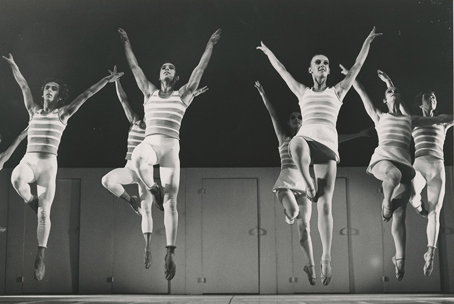 Bach Brandenburg Drie | choreografie Charles Czarney (foto Jorge Fatauros)