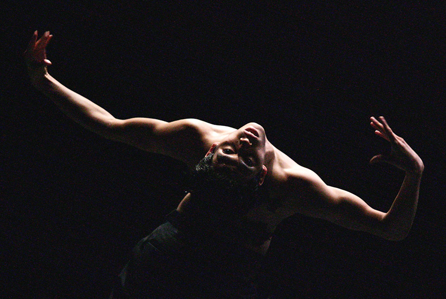 Der Rest ist schweigen | choreografie Marco Goecke (foto Hans Gerritsen)