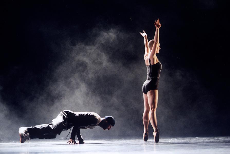 010 point system   choreografie 010Bboyz & Ed Wubbe (foto Hans Gerritsen)